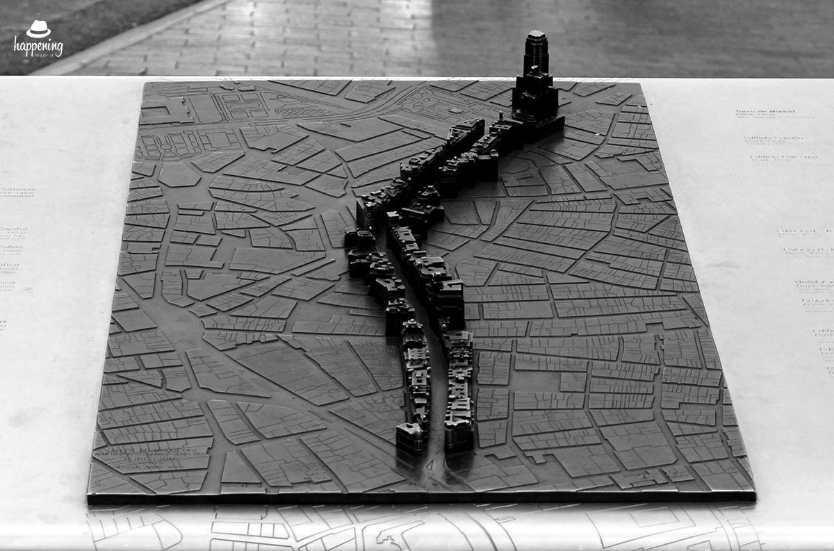 2 2 - Una maqueta de la Gran Vía en la Gran Vía