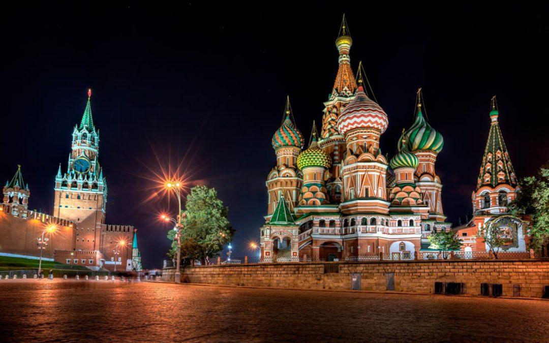 Coctelsaña & Cena Las Noches de Moscú & Toni 2