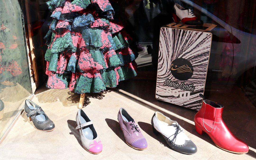 Charla y ruta flamenca guiada: Guitarras, zapatos y danza