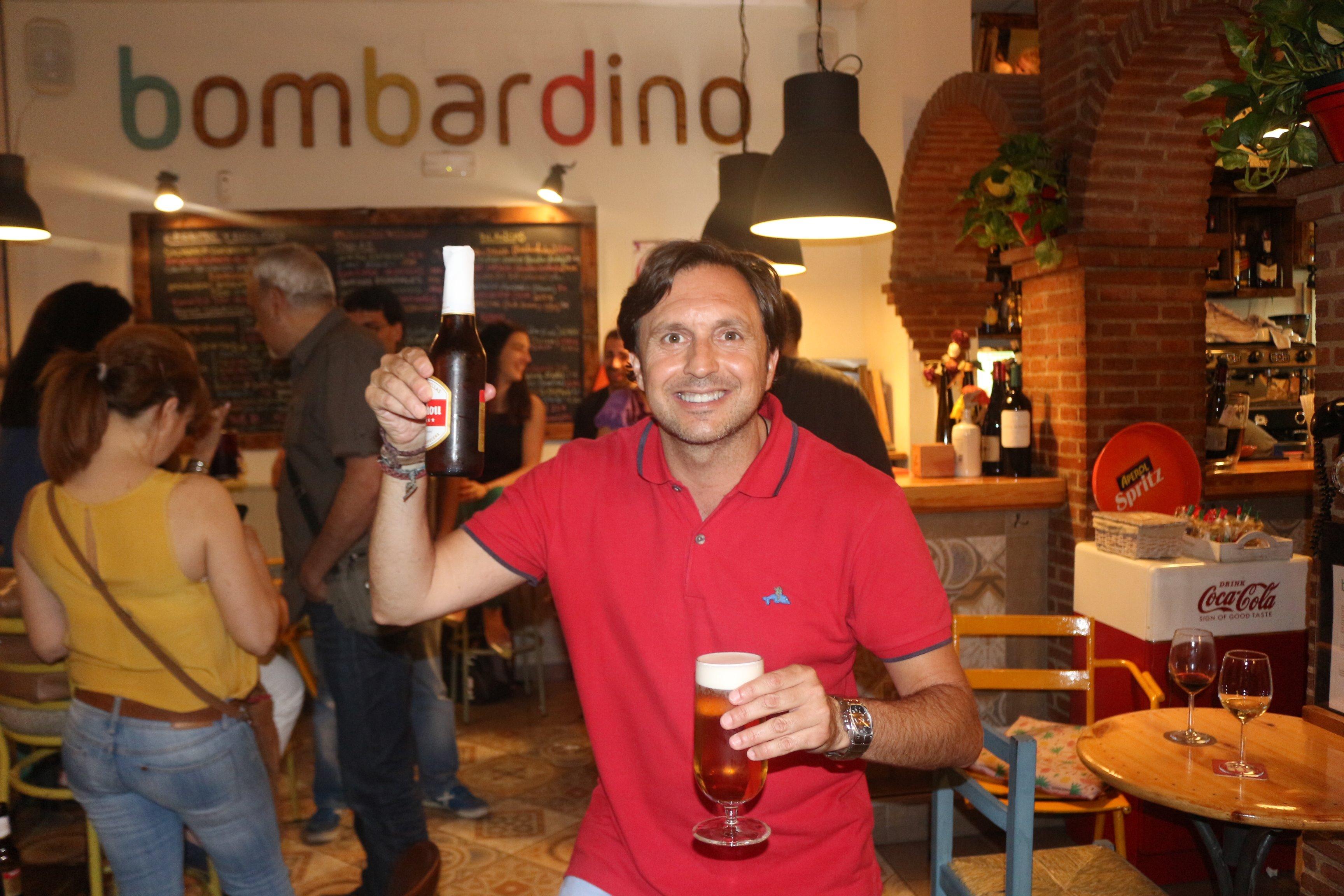 ba10 - El primer aniversario de Bombardino Café
