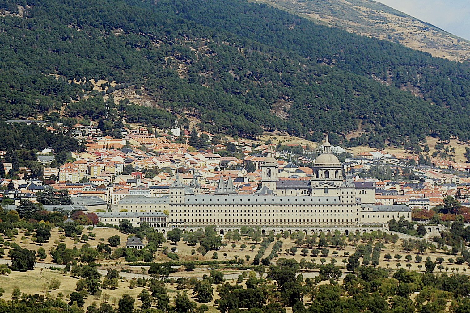 excursion el escorial primavera - Visita al Real Monasterio de El Escorial y tapeo