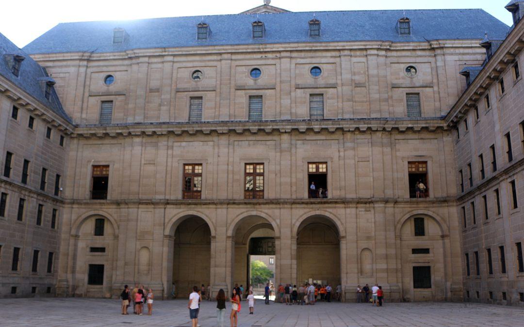 Visita al Real Monasterio de El Escorial y tapeo