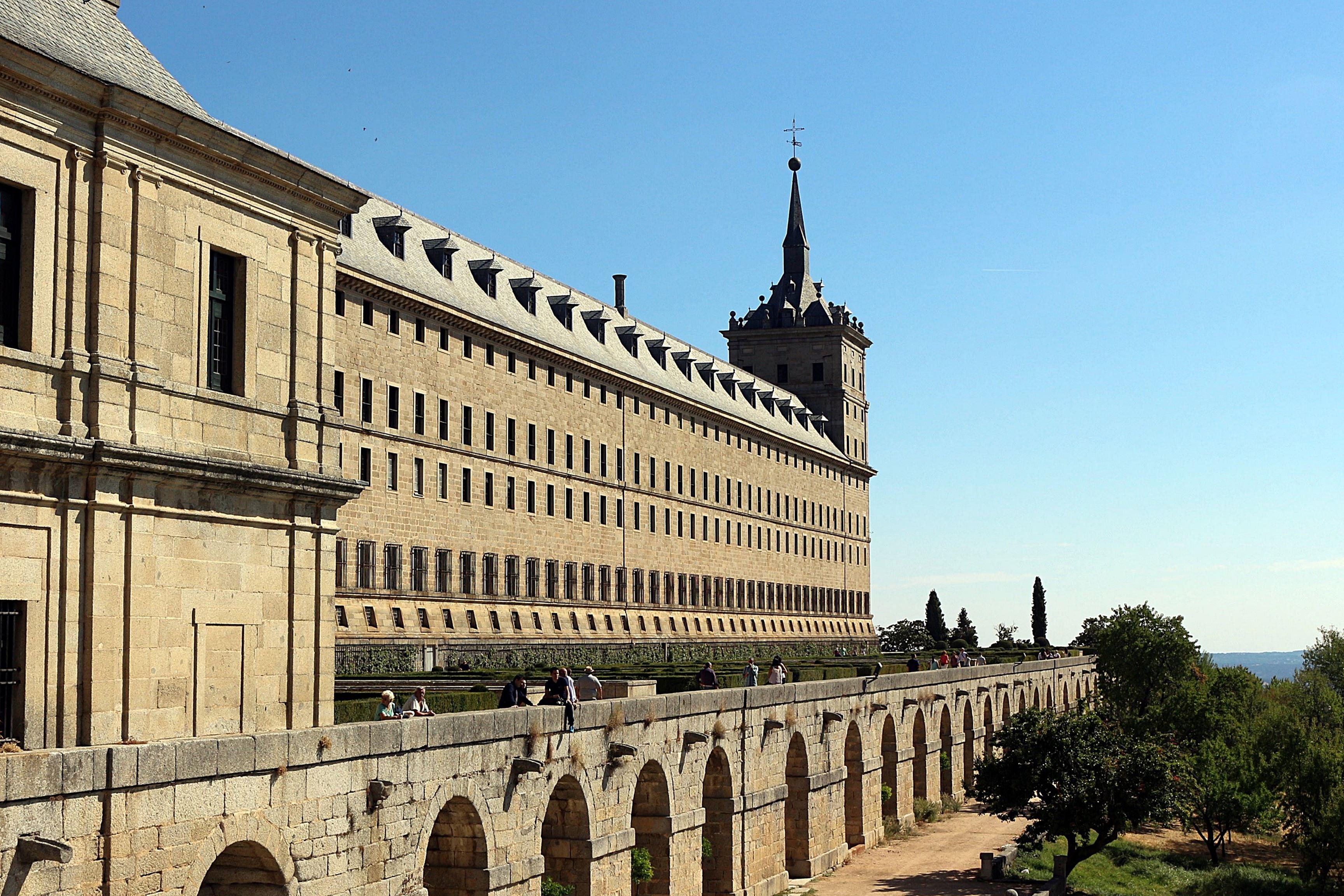 monasterio 3 - Visita al Real Monasterio de El Escorial y tapeo